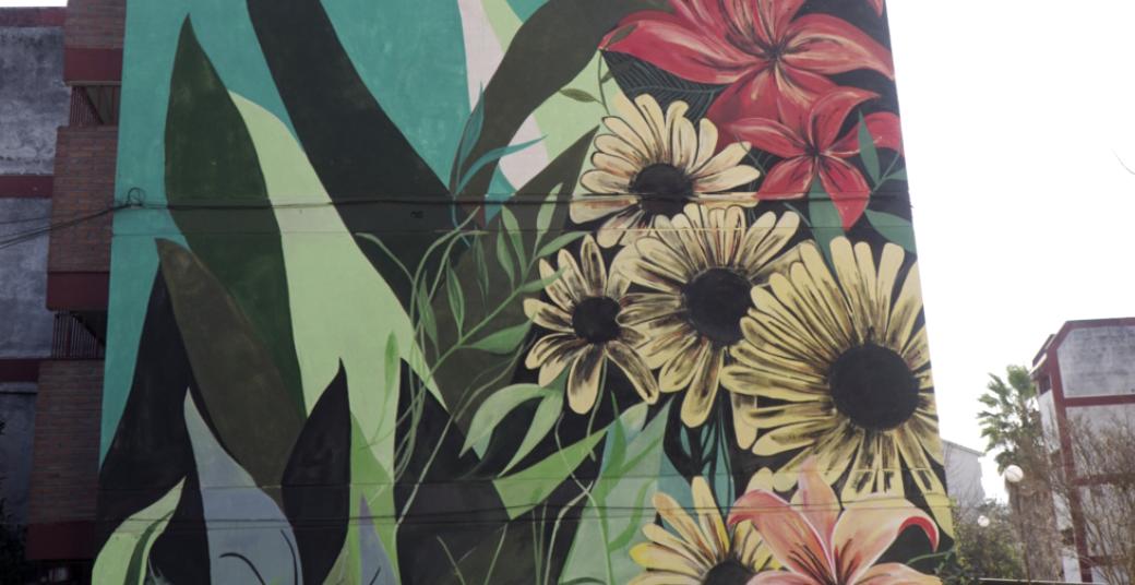 """Mural """"GIRASOLES"""" – Luz Santechia"""