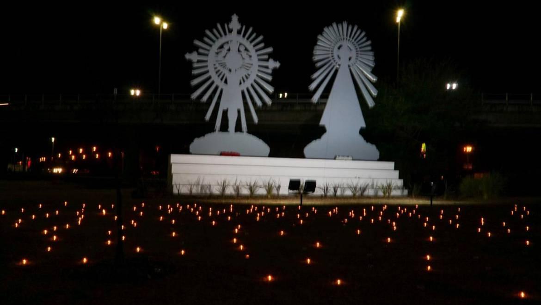 Vigilia del peregrino: 701 velas en honor a la fe